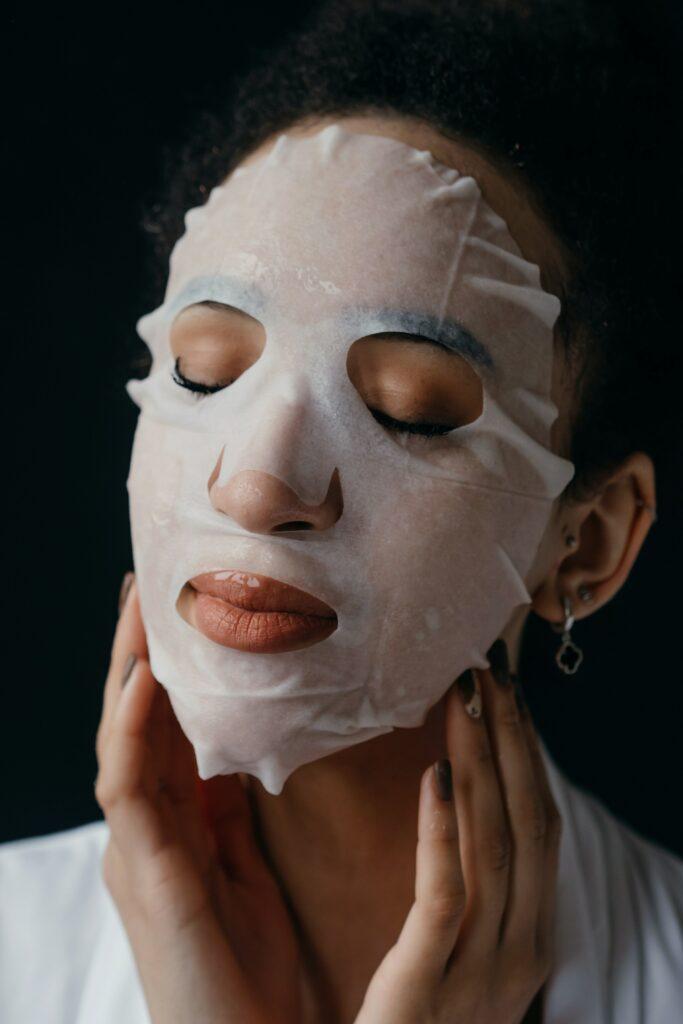 Moisturize dusky skin using masks